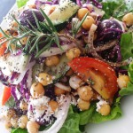 Hạt chia làm salad