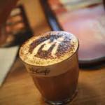 uống cà phê với hạt chia nutiva